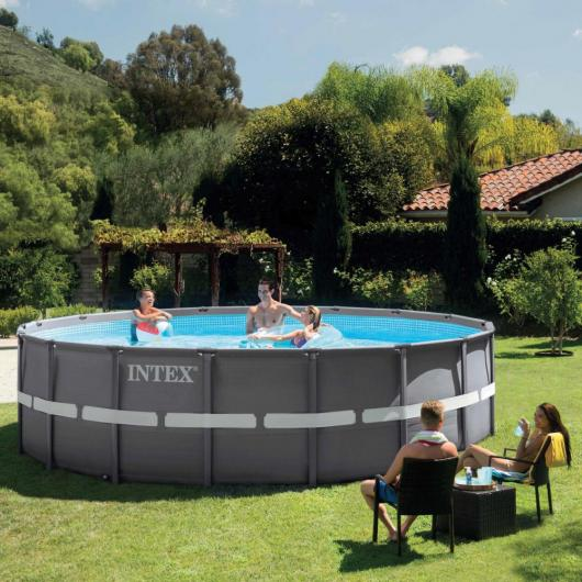 Piscina Ultra 549 x 132 cm con depuradora Intex