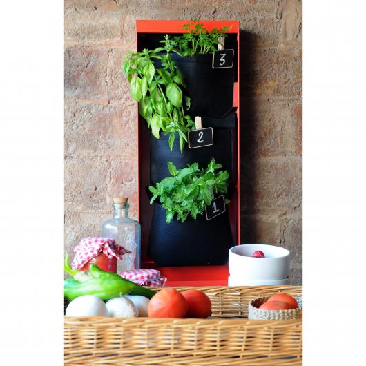 Potager urbain vertical rouge